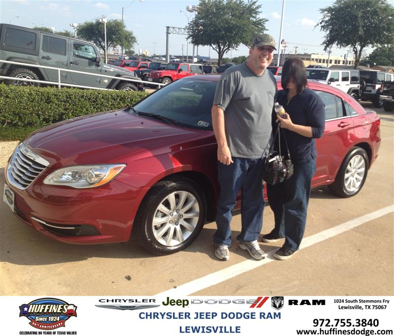 huffines chrysler jeep dodge ram lewisville 13bb6137 2013 chrysler 200. Cars Review. Best American Auto & Cars Review